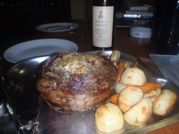 Cooked Round Roast beef